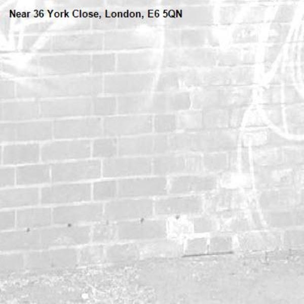 -36 York Close, London, E6 5QN