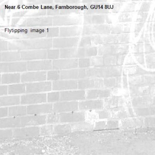 Flytipping  image 1-6 Combe Lane, Farnborough, GU14 8UJ