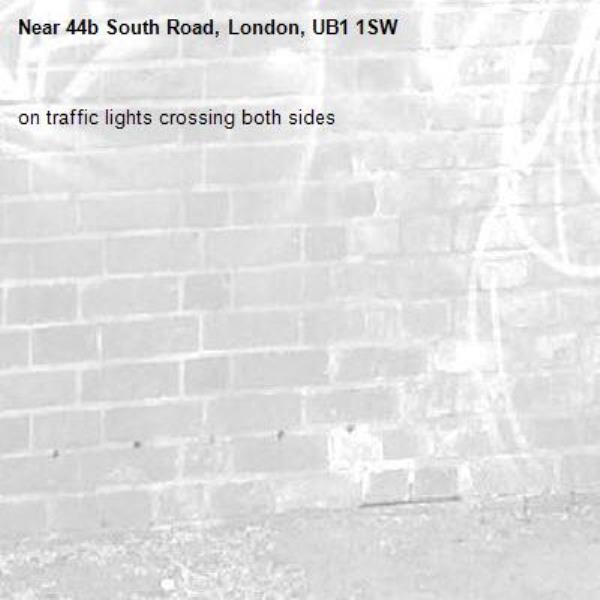 on traffic lights crossing both sides-44b South Road, London, UB1 1SW